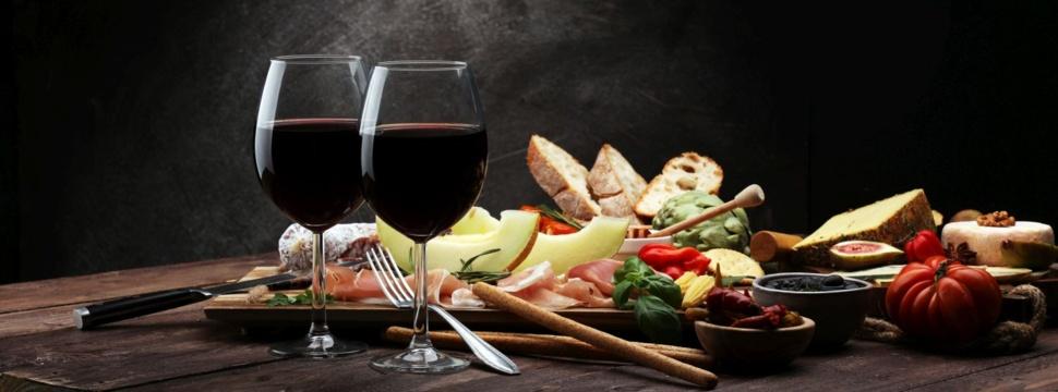 Rund ums Essen und Trinken, © iStock.com/beats3