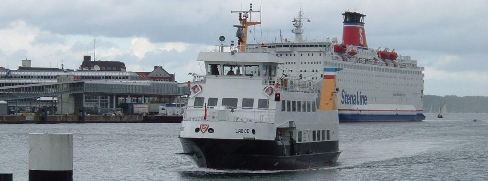 Schiffe auf der Kieler Förde, © Holger / pixelio.de
